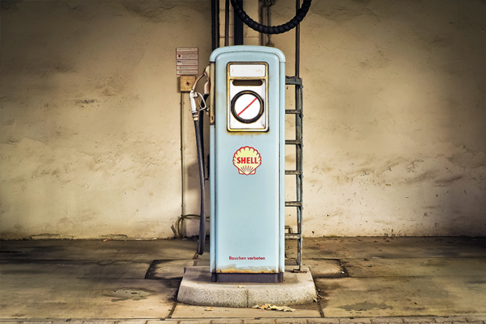 Как подделывают бензин