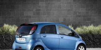 электромобиль Peugeot-iOn