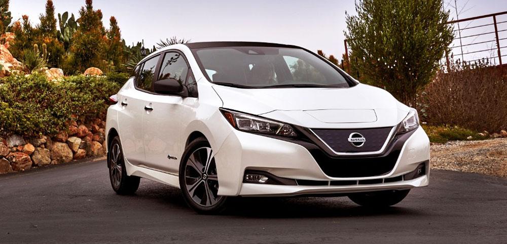 Nissan Leaf - первый серийный электромобиль